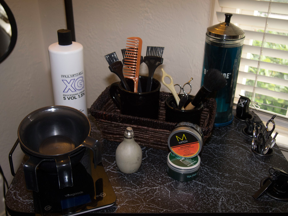 Photo of tools at Leslie Colleen Salon